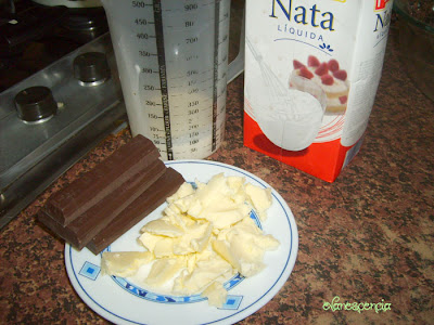 ingredientes para glaseado de chocolate