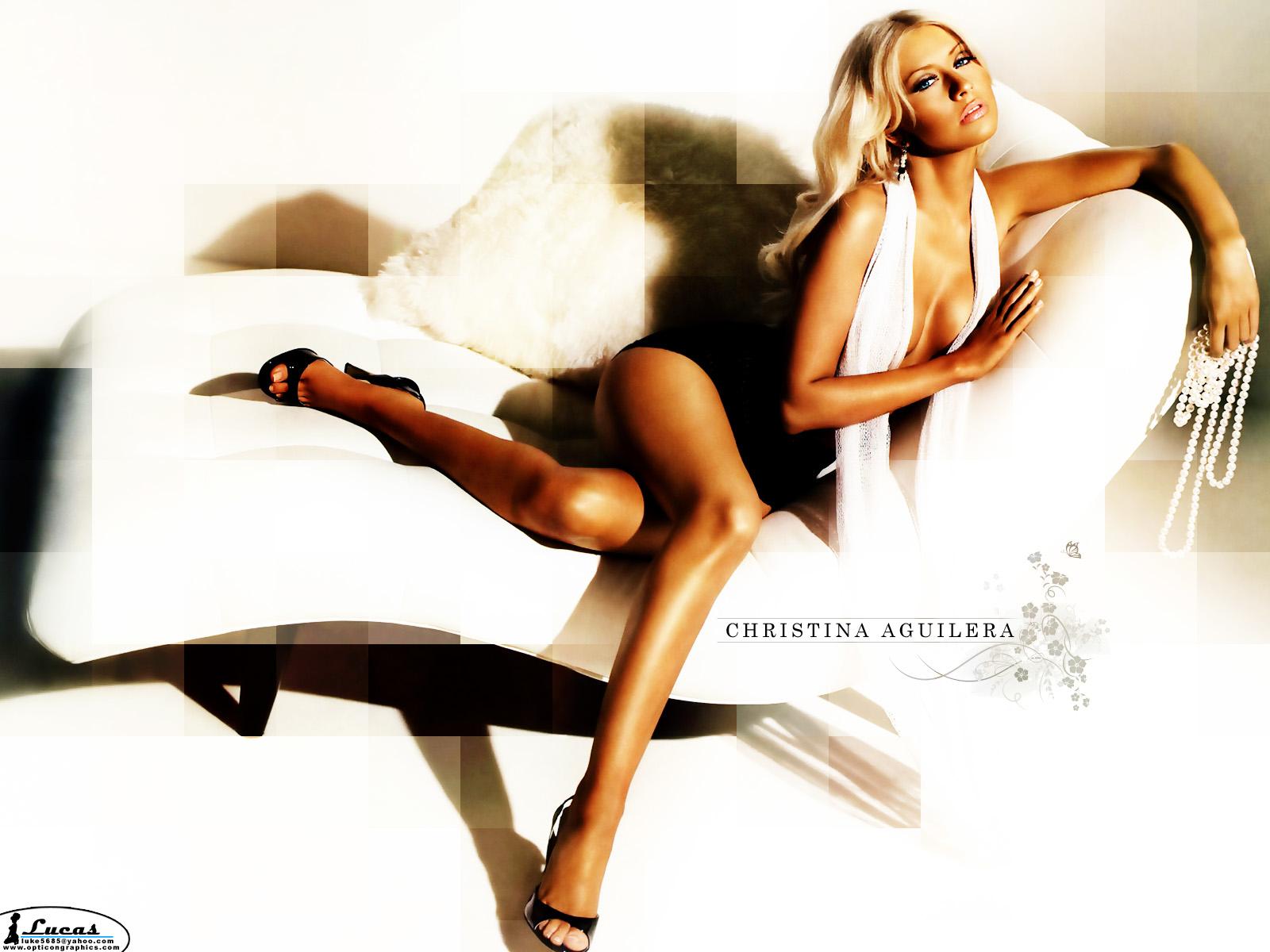 Sexy pics of christina agularas legs