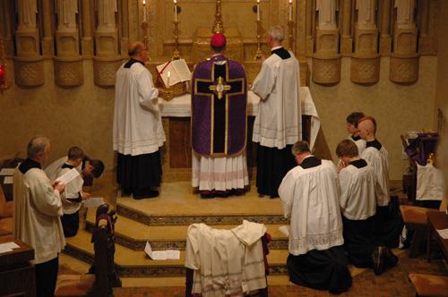 Caritas in Veritate: Bishop Sample brings Extraordinary Form of ...