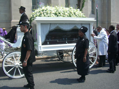 Aaliyah Open Casket Photo http://soldesiree.dk/templates/blog/aaliyah-open-casket-photos/