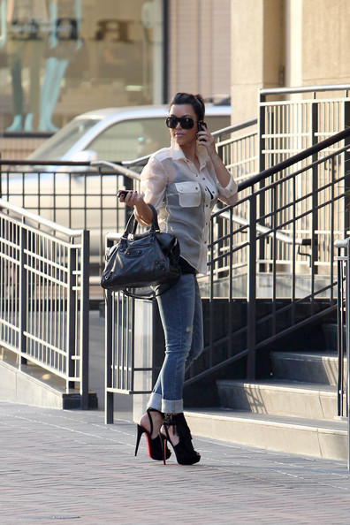 hot celebrities pics Hot Pictures of Kim Kardashian Shopping at Burberry in Sexy Louboutins in high heels sexy pics
