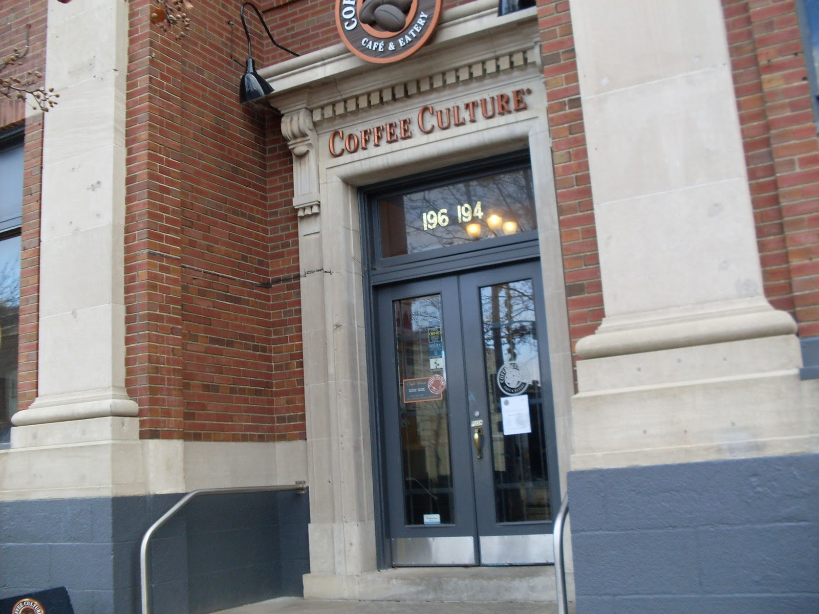 http://1.bp.blogspot.com/_2pQqvhDPWeA/TPvHQEXdt-I/AAAAAAAABkc/67f9QGLMFcE/s1600/Coffee+Culture+196+St+Paul+Street%252C+St+Catharines%252C+ON.JPG