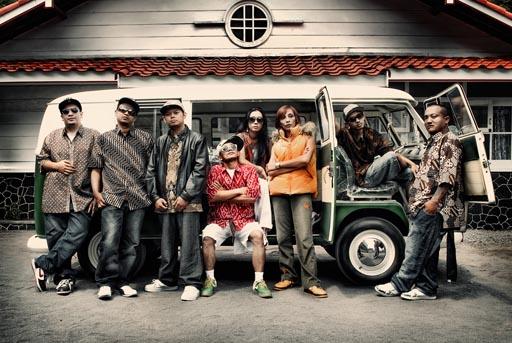 Jogja Hip Hop Foundation : Hip-Hop Jawa yang Go International !!
