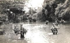 Vượt Sông