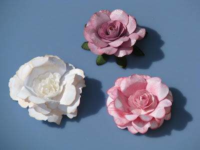 flowers for mothers: sweet paper rose tutorial, kids craft ideas