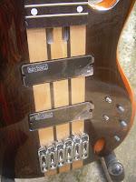 gitar bass electrik 6 string