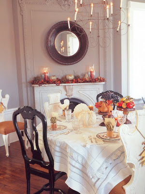 Susan crabtree thanksgiving tablescapes for Dining room tablescapes ideas