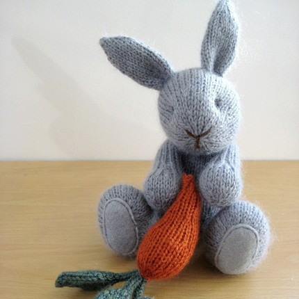 Knitted Rabbit Pattern : BitsyCreations: September 2010