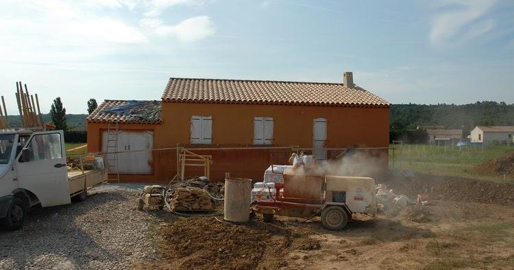Notre maison en provence r alisation du cr pis - Maison couleur provence ...