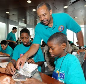 FIRST BLACK ASTRONAUT STARTS FREE SUMMER CAMP FOR LOW INCOME CHILDREN