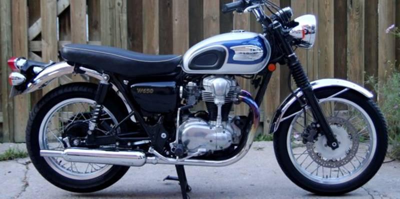 RoyalEnfields.com: Kawasaki W800 compeion for Royal Enfield?