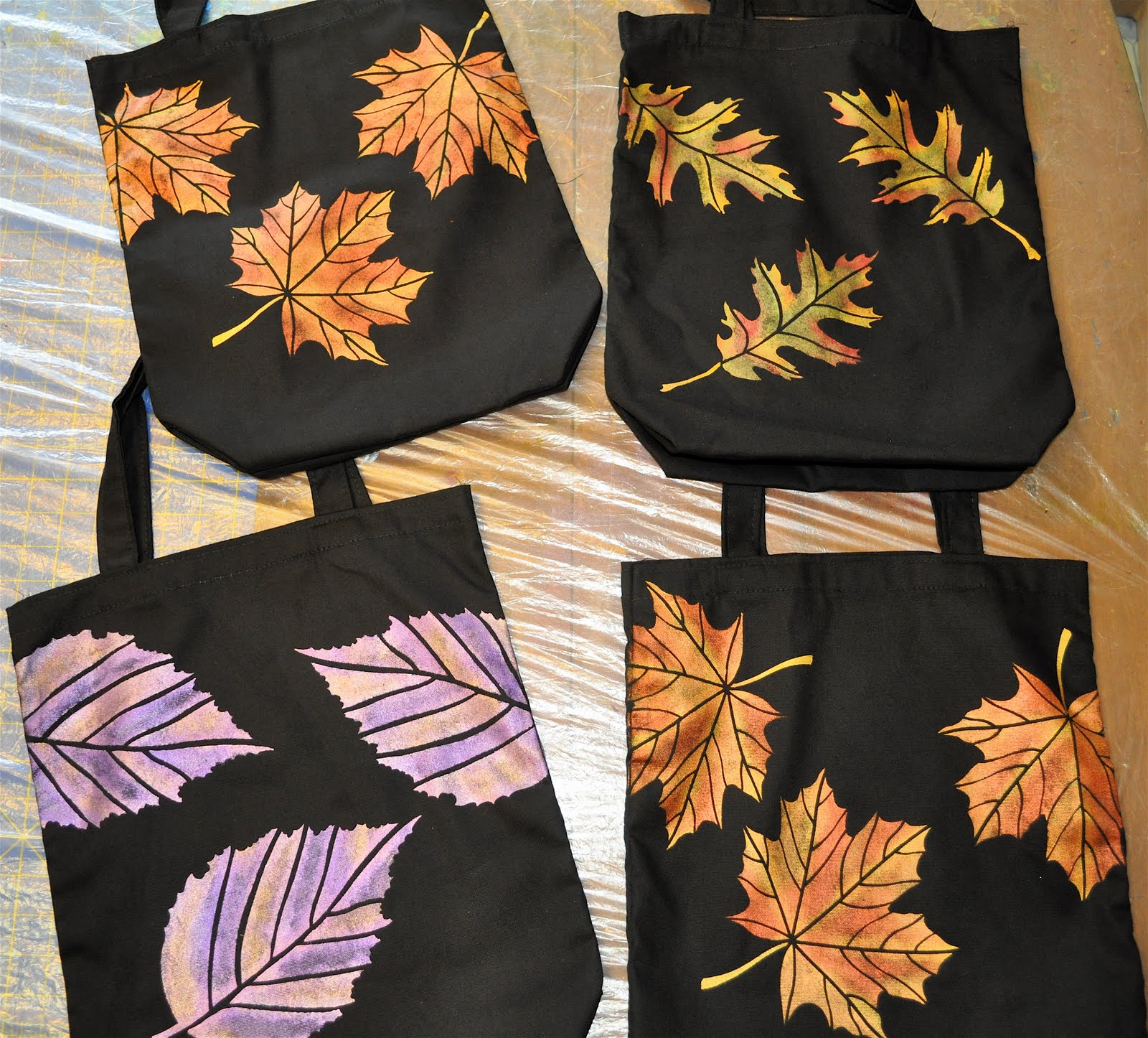 Luann Kessi Painting Fabric Tote Bags Tutorial