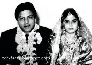 - 4- SHAHRUKH KHAN'S PARENTS MIR TAJ MOHAMMED & FATIMA BEGUM MARRIAGE PHOTO