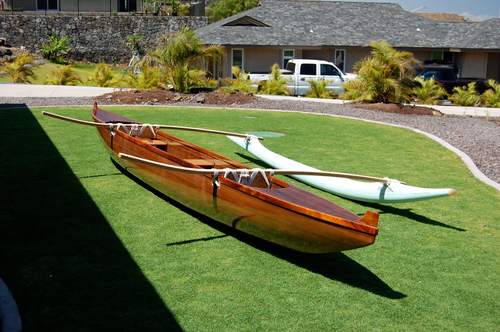 how to build an outrigger for a canoe