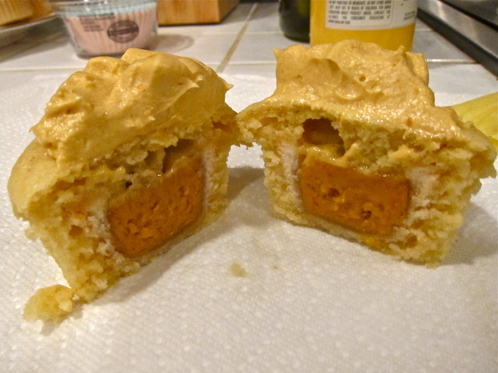 Wicked Delicious: Pumpkin Pie Cupcakes with Butterscotch Buttercream ...