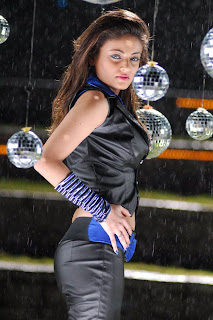 http://1.bp.blogspot.com/_2yYM328mCbk/TT0OoXkqYZI/AAAAAAAAErU/imrFdtLYLok/s320/Sneha+Ullal+At+Ala+Modalaindhi+Movie+Stills_04.jpg