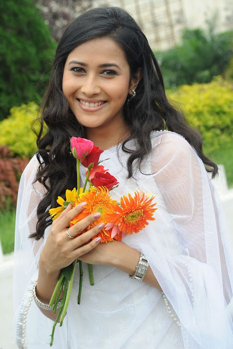 panchi bora sills photo gallery