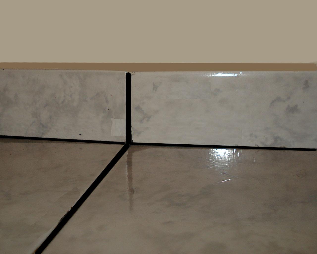 se usar rodapés altos com 20 ou 30 cm de mdf ou madeira nobre #4A6673 1280x1024