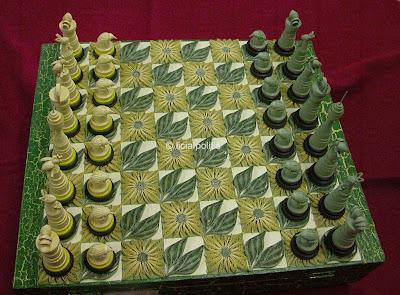 ***** Licia+chess+set+full+wm