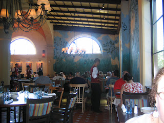 Restaurant Review:  Via Napoli.