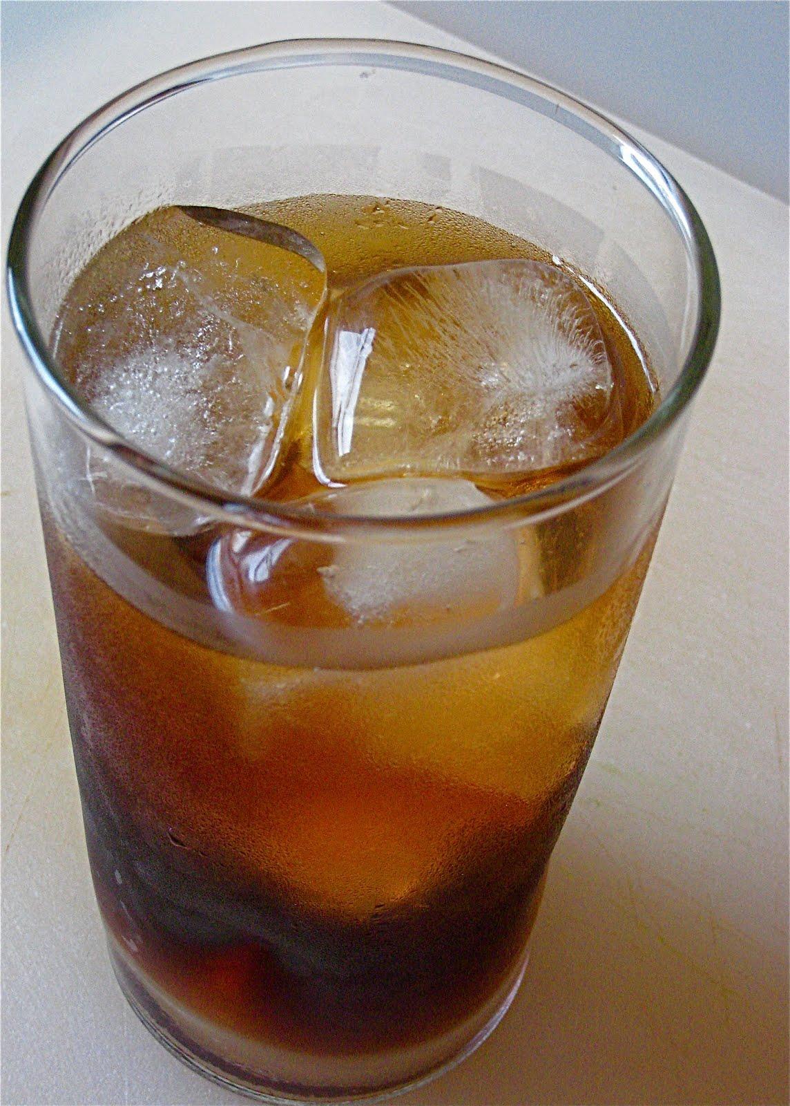 KITCHEN FIDDLER : Cold-Brewed Iced Coffee