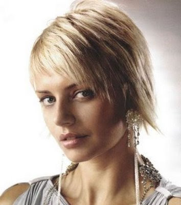 women short hairstyle. Messy Short Hairstyles