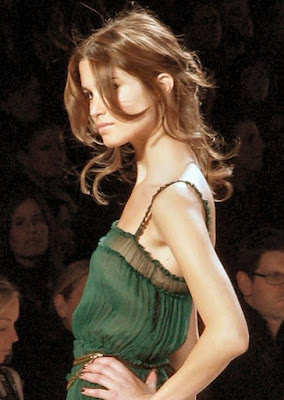 Elegance Cool Short Sleek Hairstyle in 2010