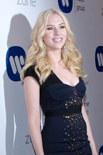 http://1.bp.blogspot.com/_30PRmkOl4ro/SR9C9PcbhTI/AAAAAAAAEjY/P-oOYYIrxmc/s320/Scarlett+Johansson+Long+Curly+Hairstyle.jpg