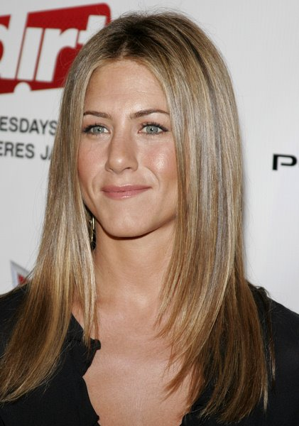 Jennifer Aniston Sedu Hairstyles 2009 Pictures