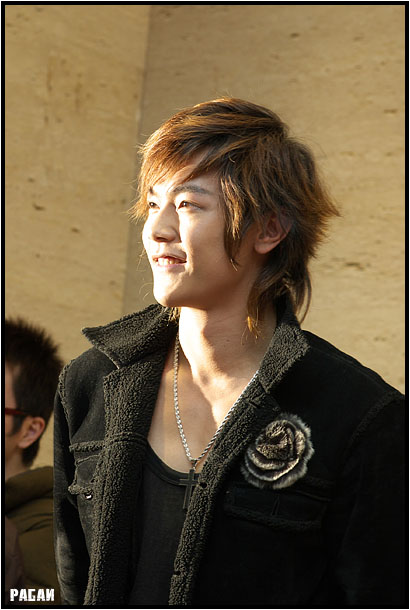 Asian Men Long Trendy Hairstyles 2009.