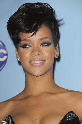 http://1.bp.blogspot.com/_30PRmkOl4ro/ScYjm5-hAxI/AAAAAAAALzo/i4ylqcQERN4/s400/African-American+short+hairstyles2.jpg