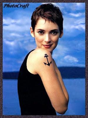 http://1.bp.blogspot.com/_30PRmkOl4ro/SnB-ZuOcVBI/AAAAAAAAUB8/nvls_TI0t5E/s400/womens-short-hair3.jpg