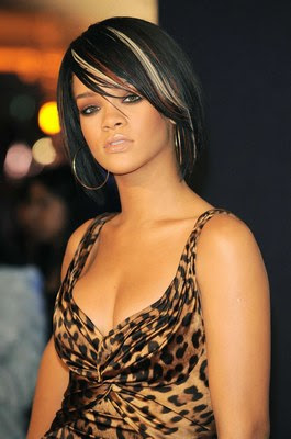 Rihanna's Brown and Blonde Streaks Hairstyles
