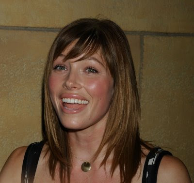2009 Short Sedu Hairstyles for Women Pictures. 2009 fall Short Sedu Haircuts