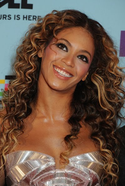 African Curly hairstyle – Beyonce 2010 Hairstyle