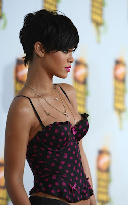 Short Haircuts Trends form Rihanna's Hairstyles