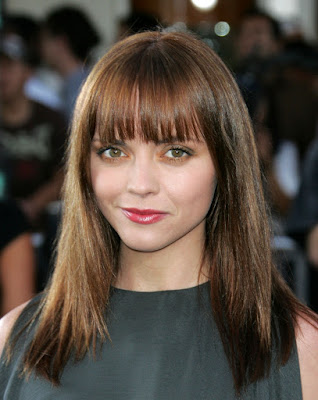 Fringe Bangs Hairstyles for Round Faces