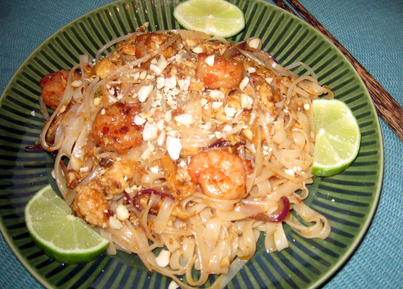 Kulinarna Pasja Hani Kasi Pad Thai Makaron Po Tajsku Z Krewetkami