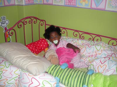 Mi beb de chokolate cuna vac a cama ocupada for Cama ocupada