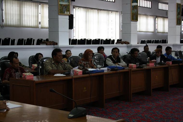 Hearing Karang Taruna dengan DPRD Kota Cirebon
