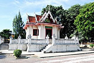 Wat Phra Phutnirarokhantarai