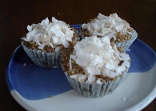 Lemon Pudding Coconut Cupcakes