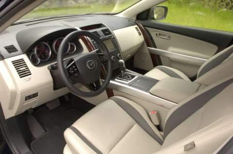 Interior view of 2011 Mazda CX-9