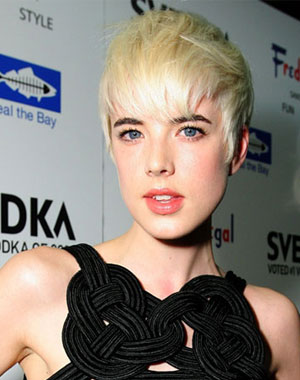 Agyness Deyn Short Hairstyles Platinum Blonde Hair Color Trends