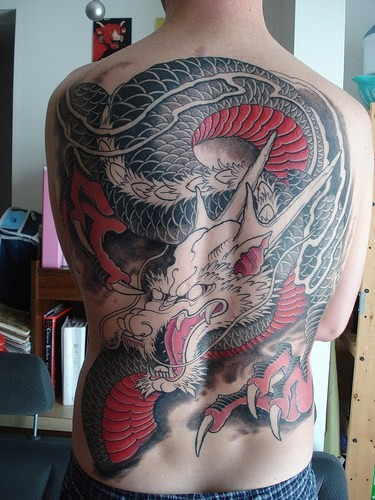 Body painting japanese dragon tattoo designs for Dragon back tattoo