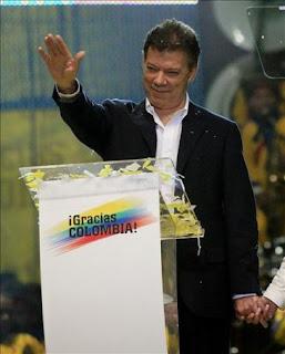Foto escandalosa del presidente Santos de Colombia 3181211w-365xXx80