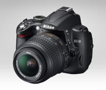 Nikon D5000 with kit lens