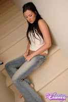 Hottest Jeans Girl on the Internet