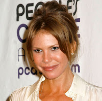 Nikki Cox's Breasts Don't Save Face