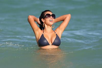 Kim Kardashian In Sexy Bikini Lets Her Ass Out